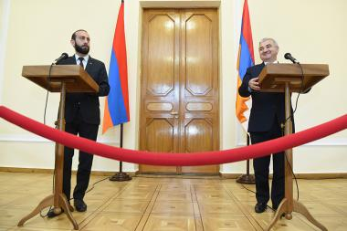 Speaker of the RA National Assembly Ararat Mirzoyan and Speaker of the National Assembly of Artsakh Ashot Ghulyan hold a joint briefing at the RA National Assembly - Photolure News Agency