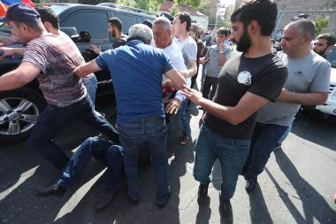 Supporters of the RA second President Robert Kocharyan and members of 'Privet Rob and Mercenaries' initiative hold a protest action in front of the Court of General Jurisdiction of Avan and Nor Nork Administrative Districts of Yerevan, Armenia - Photolure News Agency