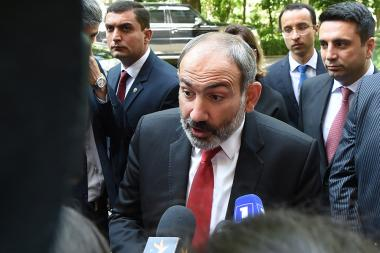 RA Prime Minister Nikol Pashinyan met the media representatives after discussing the budget at the RA National Assembly - Photolure News Agency