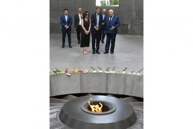 Newly appointed Ambassador of Israel to Armenia Eliav Belotserkovsky paid a visit to the Armenian Genocide memorial complex - Photolure News Agency
