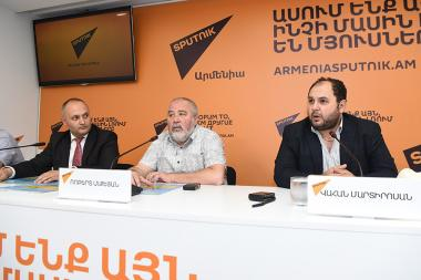 A press conference dedicated to a large-scale event to be held at Garni Historical and Cultural Reserve-Museum dedicated to the 150th anniversary of Komitas and Hovhannes Tumanyan's birthday took place at Sputnik Armenia press center - Photolure News Agency