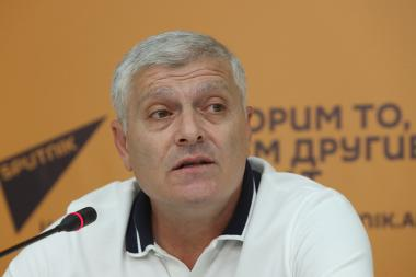 Former member of the coaching staff of the Armenia football team Razmik Grigoryan gave a press conference at the Sputnik Armenia press center - Photolure News Agency