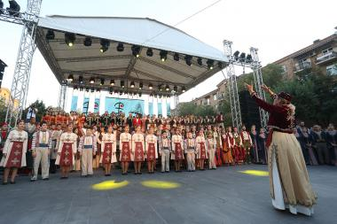 'Gutan' folk song and dance festival took place at the Cafesjian Sculpture Garden of Yerevan, Armenia - Photolure News Agency