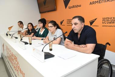 A press conference on the topic of implementation of the 'City of Children' project took place at the Sputnik Armenia press center - Photolure News Agency