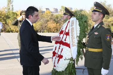 Prime Minister of Georgia Giorgi Gakharia paid a visit to the Armenian Genocide memorial complex - Photolure News Agency
