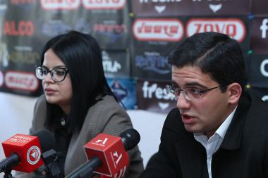 Lawyer Vahe Yeprikyan and Robert Kocharyan's supporter Ani Karapetyan are guests in Hayeli press club - Photolure News Agency