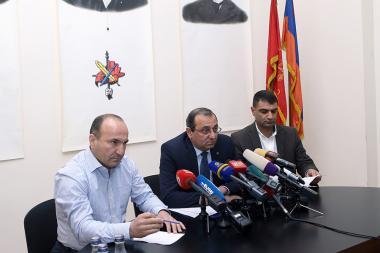 Members of the ARF Supreme Body Artsvik Minasyan, Taron Tonoyan and Ashot Simonyan gave a press conference at the Simon Vratsyan Center - Photolure News Agency