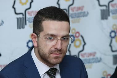RA Deputy Minister of Education, Science, Culture and Sport Gevorg Loretsyan gives a press conference - Photolure News Agency