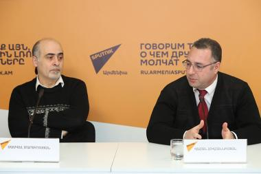 Information Security and Media Expert Samvel Martirosyan and member of the RA Chamber of Advocates Vahan Hovhannisyan are guests at the Sputnik Armenia press center - Photolure News Agency