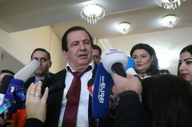 Gagik Tsarukyan holds a briefing during the first sitting of the seventh convocation of the RA NA - Photolure News Agency