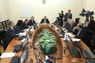 Session of the investigative committee on examination of the financial and other reports submitted to the executive authorities in the field of investment in the metal mining program took place at the RA National Assembly - Photolure News Agency