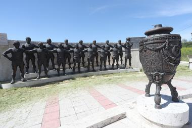 Several statues of 'Ararat-73' team's group statue were stolen. The group statue is located near 'Hrazdan' Stadium of Yerevan, Armenia - Photolure News Agency