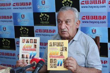 Armenian literary critic, doctor of philological sciences, professor Davit Gasparyan is guest in Hayatsk press club - Photolure News Agency