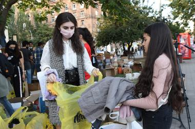 Armenians gather first need items in order to send to Artsakh Republic - Photolure News Agency