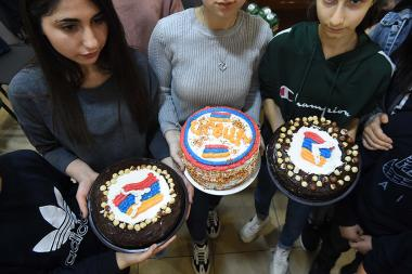 Children of Artsakh have made a 'Cake for Peace' at the Al. Spendiaryan House-Museum. Yerevan, Armenia - Photolure News Agency