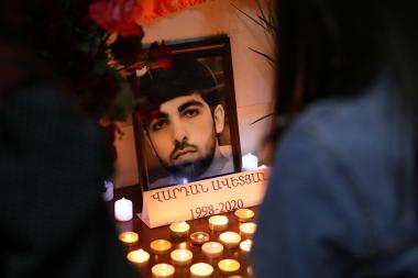 A candle lighting ceremony in memory of Vardan Avetyan, a graduate of Yerevan State University after V. Brusov who passed away during the war took place at the University - Photolure News Agency