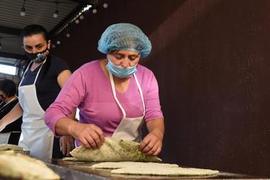 Presentation of 'Taste of Hadrut' initiative took place at 5/31 Beknazaryan Street where women of Hadrut make zhingyalov hats, pakhlava, korkot and gata - Photolure News Agency