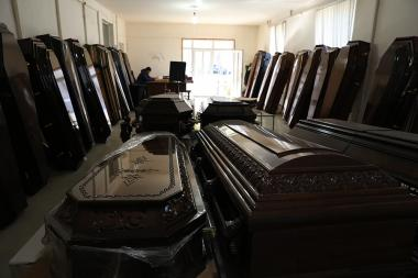 Coffin and flower stores are overloaded due to the soldiers and civilians who were martyred during the war in Artsakh Republic - Photolure News Agency