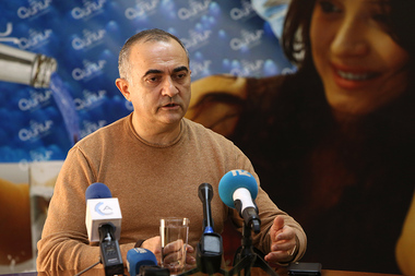 Head of the International Center for Human Development Tevan Poghosyan gives a press conference in Henaran press club - Photolure News Agency