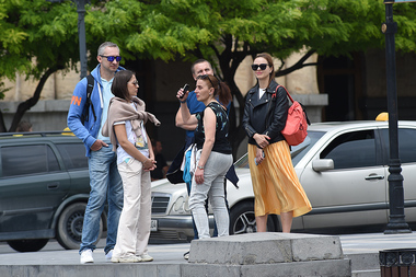 A large number of Russian tourists has arrived in Yerevan to spend their holidays - Photolure News Agency