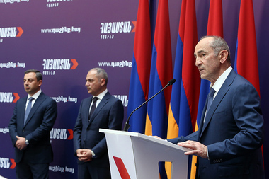 An event dedicated to the beginning of a new political cooperation of the second President of Armenia Robert Kocharyan, Armenian Revolutionary Federation and Reviving Armenia Party took place at Grand Hotel Yerevan - Photolure News Agency