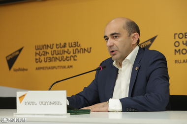 MP Edmon Marukyan gave a press conference at Sputnik Armenia press center - Photolure News Agency