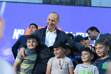 'Armenia' Alliance led by the second President of the Republic of Armenia Robert Kocharyan holds a pre-election campaign in Nor Nork administrative district of Yerevan, Armenia - Photolure News Agency