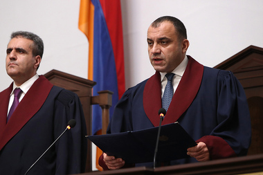 President of the RA Constitutional Court Arman Dilanyan announces the decision on the results of the early parliamentary elections in Armenia - Photolure News Agency