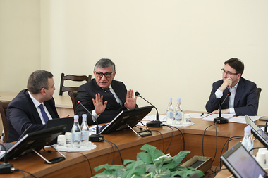 RA NA Standing Committee on Regional and Eurasian Integration holds a sitting at the RA National Assembly - Photolure News Agency