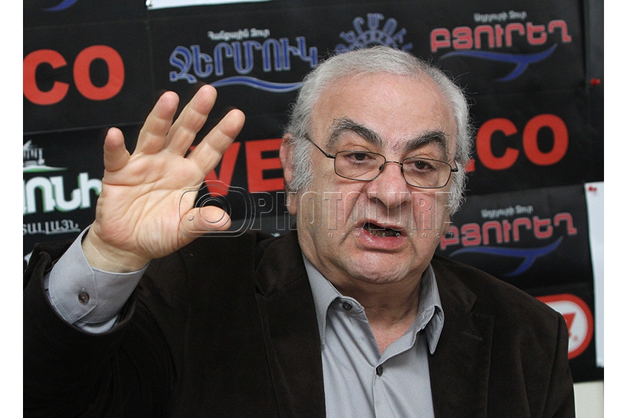 Professor Jirayr Liparityan is guest in Hayeli press club - Photolure News  Agency