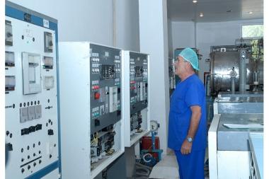 RA Minister of Economy Tigran Davtyan pays visits to 'Vitamax' and 'Murad Sar' CJSCs - Photolure News Agency
