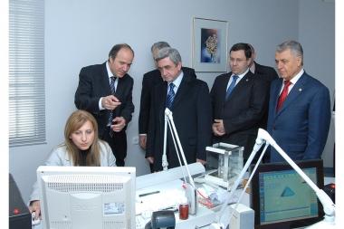 RA President Serzh Sargsyan visits the Diamond Factory in Nor Achin - Photolure News Agency