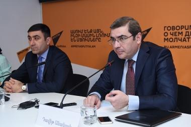 RA Deputy Minister of Finance Davit Ananyan gave a press conference at Sputnik Armenia press center - Photolure News Agency